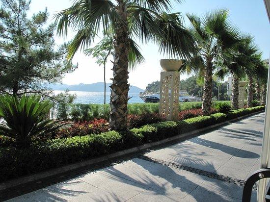 Angel's Marmaris Hotel : дорога к отелю