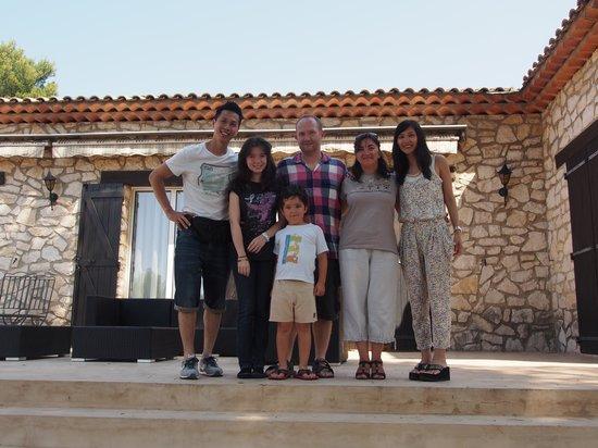 Les Mazets du Luberon : Jean family and us