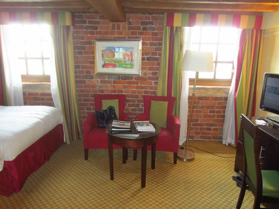 Manchester Marriott Victoria & Albert Hotel : room pic 2