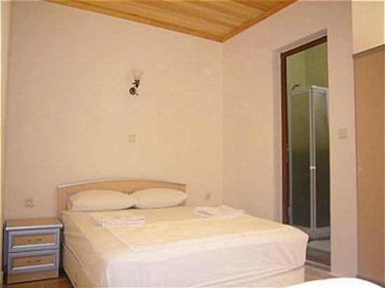 Ozdemir Pension: Clean rooms with air-conditions