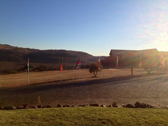 Thaba Eco Hotel: Panorama al mattino presto dal retro della camera 103