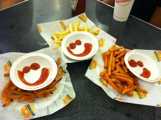 Johnny Rockets: Happy fries