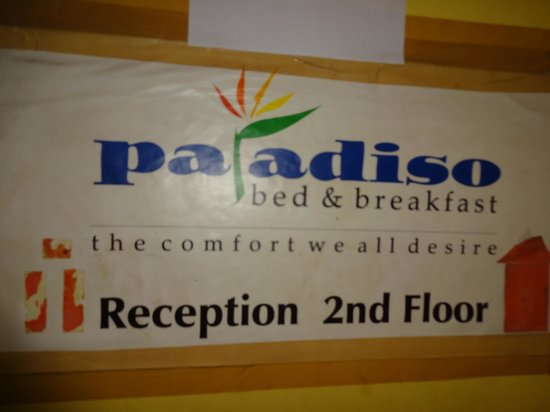Paradiso Bed & Breakfast: Signboard at the reception area