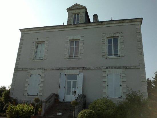 La maison picture of chambres d 39 hotes le rocher pont for Chambre hote 04