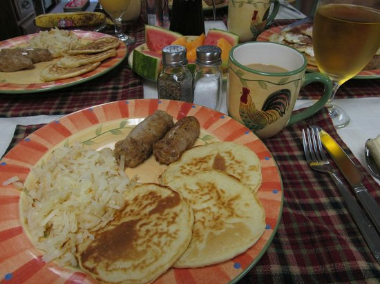 Beagle's Bed & Breakfast : One of the tasty breakfasts we had in June!