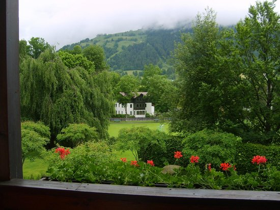 Hotel Kitzhof Mountain Design Resort: Ausblick vom Balkon