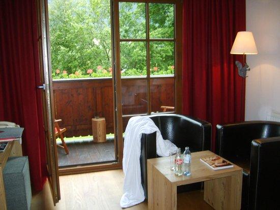 Hotel Kitzhof Mountain Design Resort : Sitzecke im Zimmer