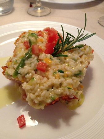 La Locanda Del Buon Riso: Risotto in crosta di parmigiano con verdure