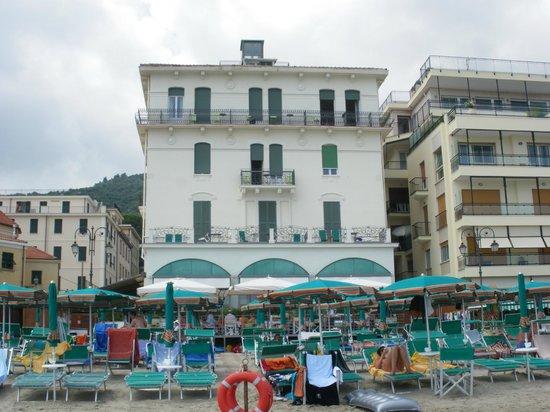Hotel Lido : Ansicht direkt aus dem Wasser