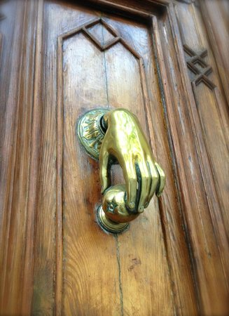 Barcino 147: Front Door Knocker