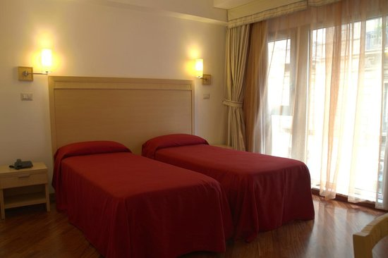 Hotel Catania Town : Camera doppia con letti singoli