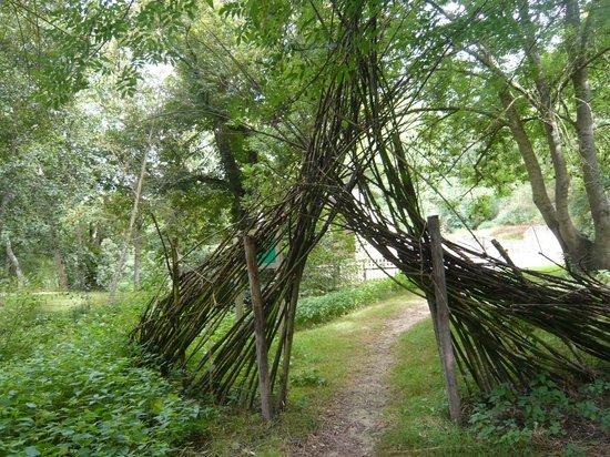 Office de Tourisme du Bocage Bressuirais: la coulée verte dans la vallée du Dolo