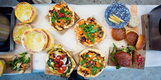 The Butter Market Bakery: pizzas