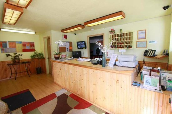 Belfair Motel: Lobby