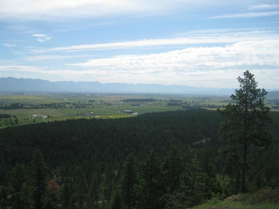 The Master Suite Bed and Breakfast: our view of the Flathead Valley