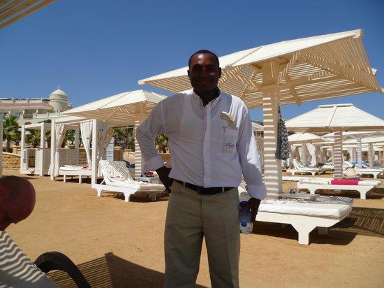 Premier Romance Boutique Hotel and Spa : Ibrihim - the best beach bar man in the world