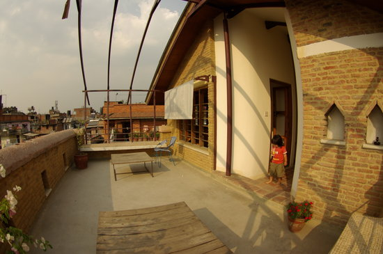 Traditional Homes - SWOTHA: roof top