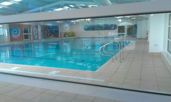 Indoor pool picture of marton mere holiday park haven blackpool tripadvisor for Hotels in portsmouth with swimming pool
