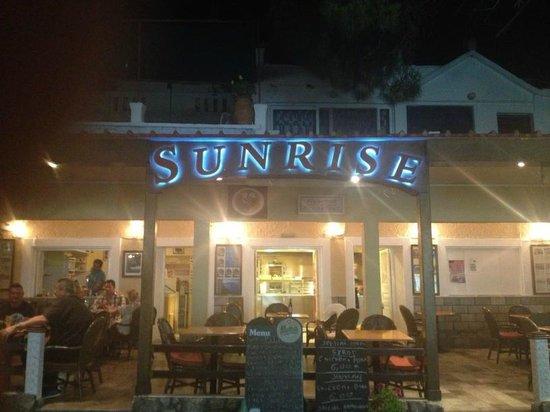 Massouri, Greece: Sunrise Restaurant
