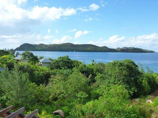 Raffles Seychelles : Vue du lobby sur île Curieuse