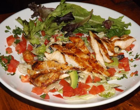 Cocomo Joe's: BBQ Chicken Salad (fresh & flavorful)