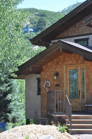 Chalet Val d'Isere : Summer in Steamboat