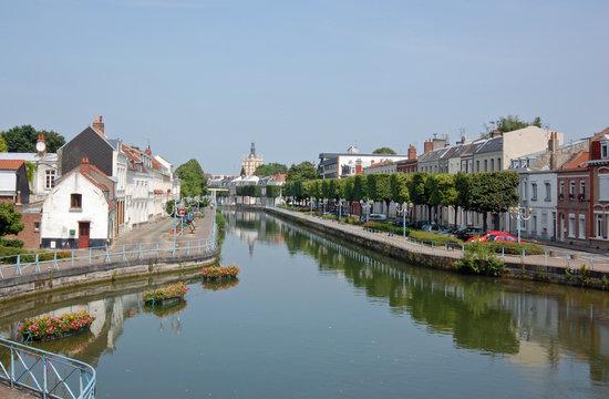 Ντουέ, Γαλλία: L'entrée des eaux de la Scarpe