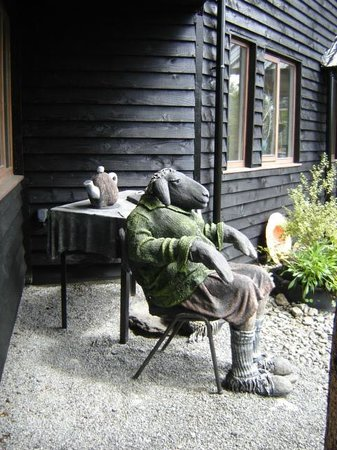 Glengarriff Park Hotel: Nearby Sculpture Garden - Don't miss!