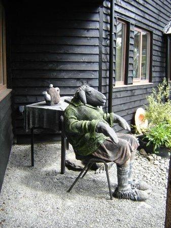 Glengarriff Park Hotel : Nearby Sculpture Garden - Don't miss!