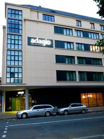 Adagio Caen Centre: Hotel exterior