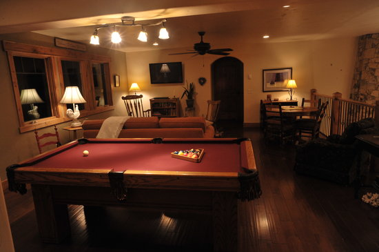 Chalet Val d'Isere: The Pool Room