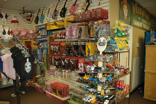 211d74b8 Willie Nelson and Friends Museum and Nashville Souvenirs: Lots of toys and  gifts for the