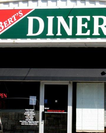 Berty's Diner: Entrance to Bert's Diner