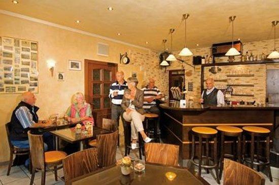 Hotel Hutter: Raucher Lounge