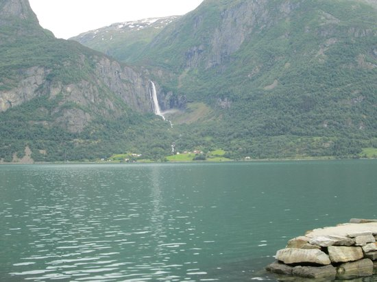 Viki Fjordcamping and Cabins: View straight across the fjord