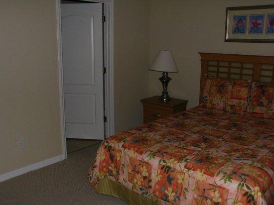 Coral Cay Resort: Bedroom