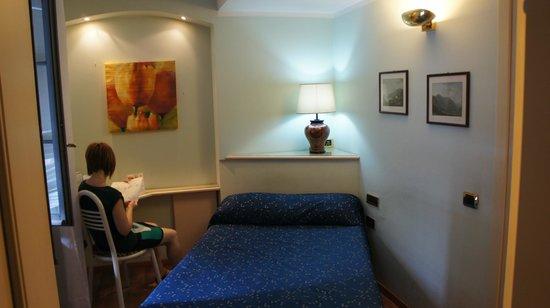Il Loggiato Dei Serviti Hotel: small room