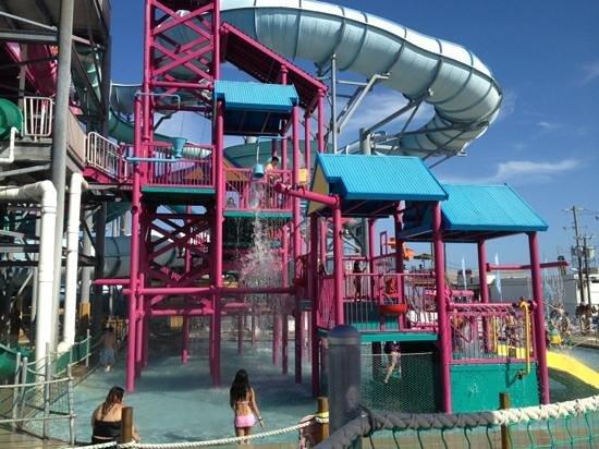 Splash Zone Water Park : slide