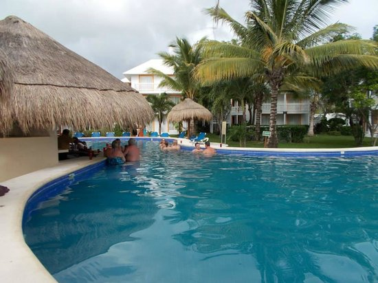 Sunscape Sabor Cozumel: Pool Bar view