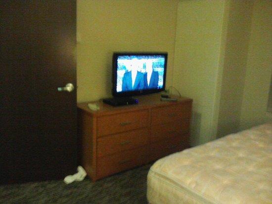 HYATT house Chicago/Naperville/Warrenville: king tv