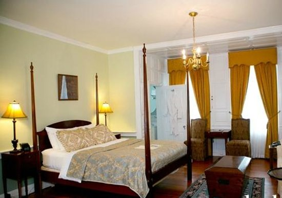 Morris House Hotel: Room 201