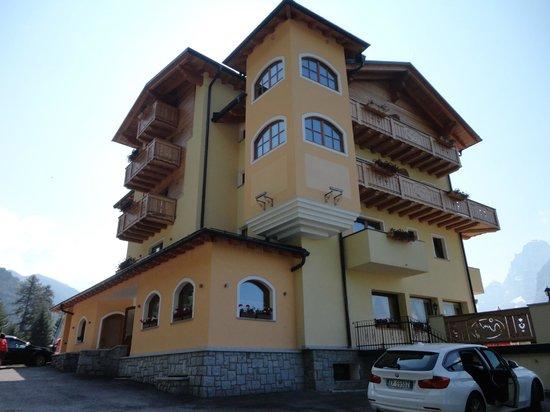 Panorama Hotel Fontanella: hotel fontanella,il primo arrivando a madonna di campiglio