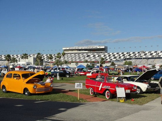 Daytona Thanksgiving Car Show