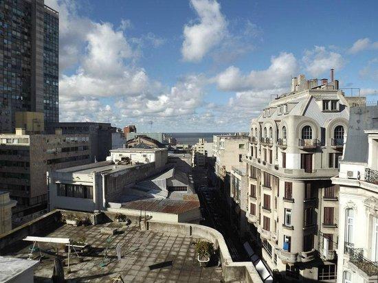 Hotel Palacio: Vista do quintal da nossa suíte.