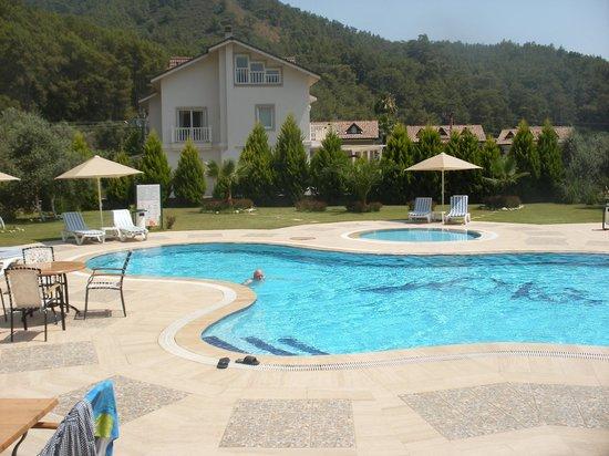 Mesken Hotel Gocek : Pool area