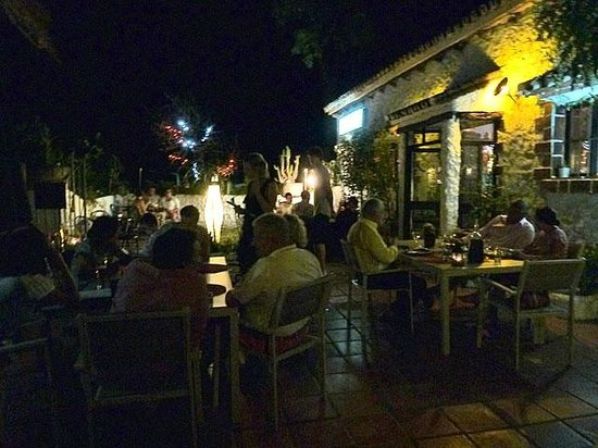 La Finca : outdoor dining