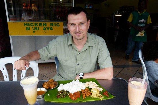 Kumar's: Me and banana leaf