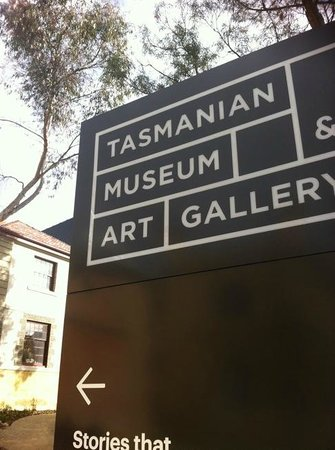 Tasmanian Museum and Art Gallery: Entrance