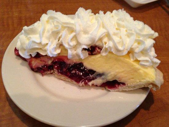 Armstrong's Restaurant: Raspberry Creme Pie