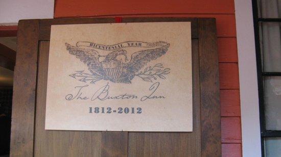 Buxton Inn: Bicentennial Plaque